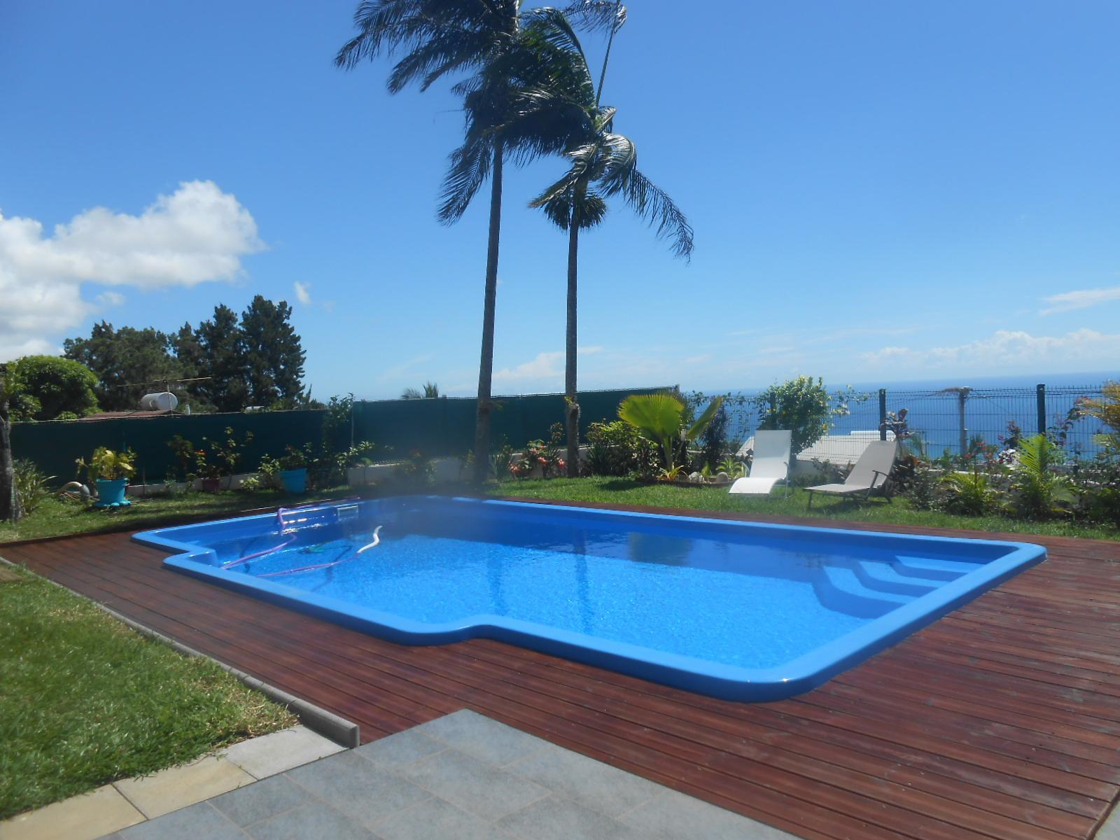 piscine bois de nefles 974